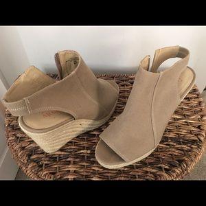 Size 10 Wedge Canvas Sandal